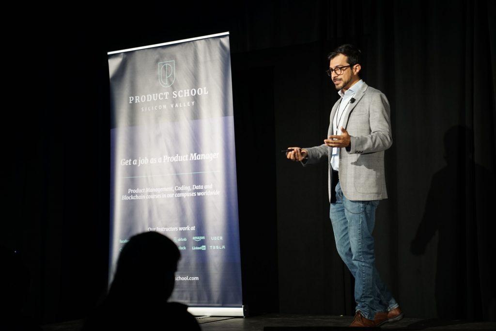 Ruben Lozano talking at ProductCon