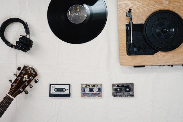 90s technology cassette tapes